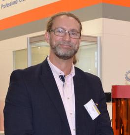 Pär Nobring, vd för r.a.p.s., ett av de företag som håller i kurser på 3d-skrivarutbildningen i Eslöv.