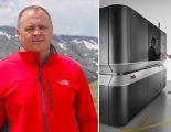 Scott Reese, chef för området Cloud Products hos Autodesk, och israeliska metallskrivaren XJet, som Autodesk investerat i.