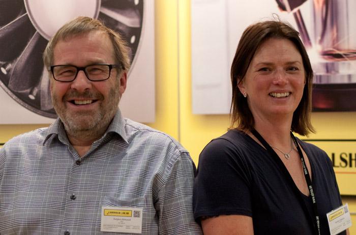 Torbjörn Holmstedt och Karolina Johansson på Lasertech.
