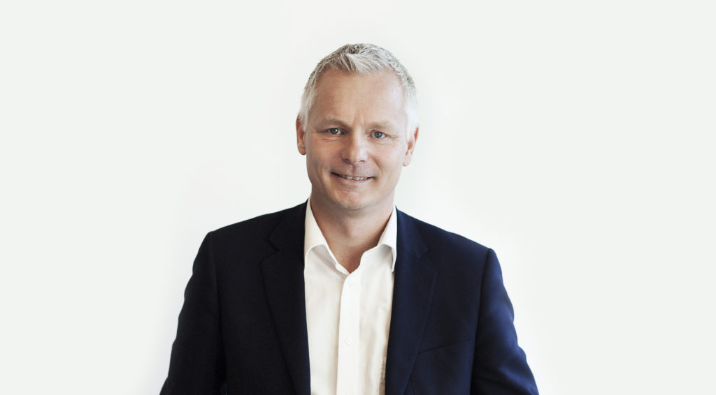 Stefan Bergdahl, vd för HP Sverige Stefan Bergdahl har 30 års erfarenhet inom HP och arbetar i dag som vd för HP i Sverige. Hans ansvarsområde täcker alla HP:s segment; konsument, office, pc och graphic, print och 3d-print.