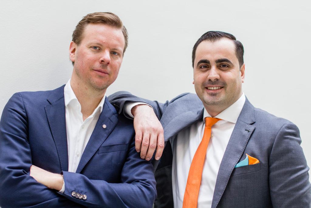 Grundarna bakom Graphmatech, Björn Lindh till vänster bredvid Mamoun Taher.