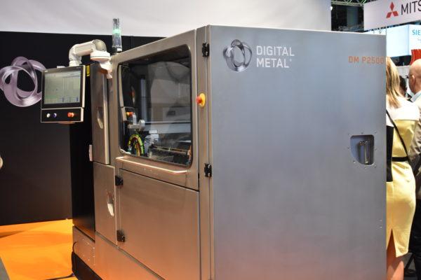 Digital Metals metallskrivare med deras egenutvecklade binder jetting-teknik.