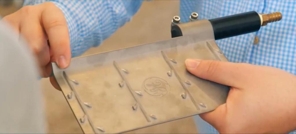 Det 3d-utskrivna omrörarbladet från GE Additive är monterat på en roterande stång för att säkerställa bättre distribution av spannmål i ölen.