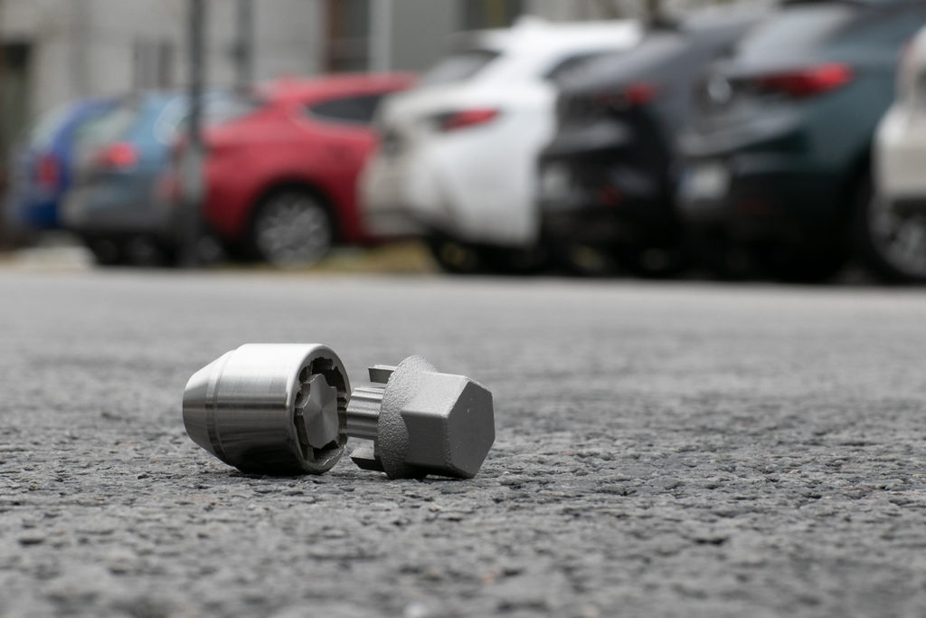 Specialdesignade, 3d-printade fälgmuttrar kan förhindra framtida stölder av hjul och fälgar, menar Ford och EOS.