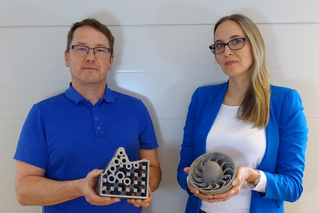 Ulrik Beste, teknisk chef och Isabelle Bodén, customer relations på VBN Components.