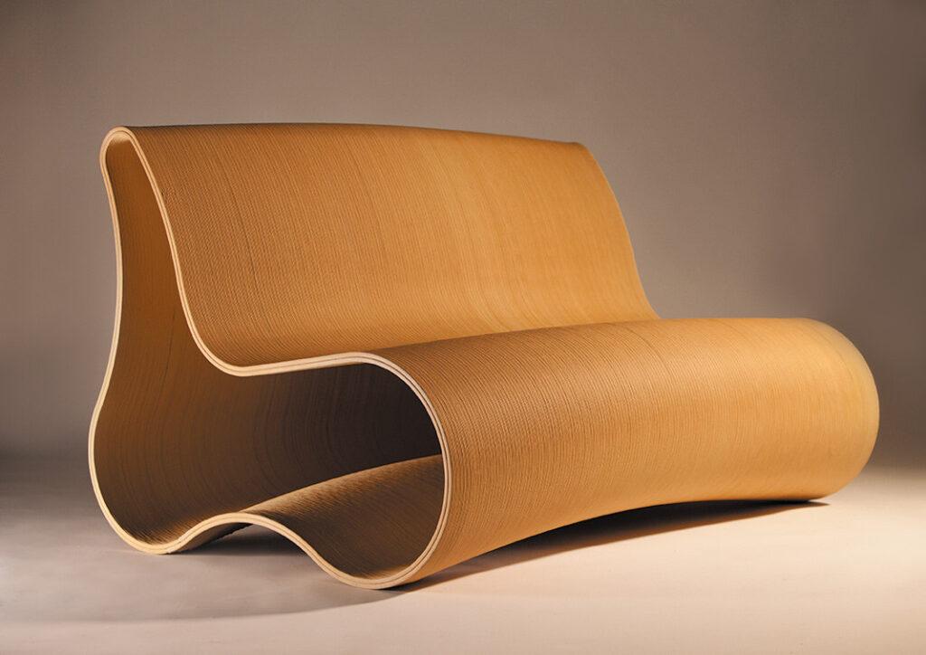 Möblerna tillhör premiumsegmentet och säljs för runt 20 000 kronor. De flesta hamnar utomlands, främst i Dubai, Storbritannien, Norge och Danmark. Foto: Pressbild