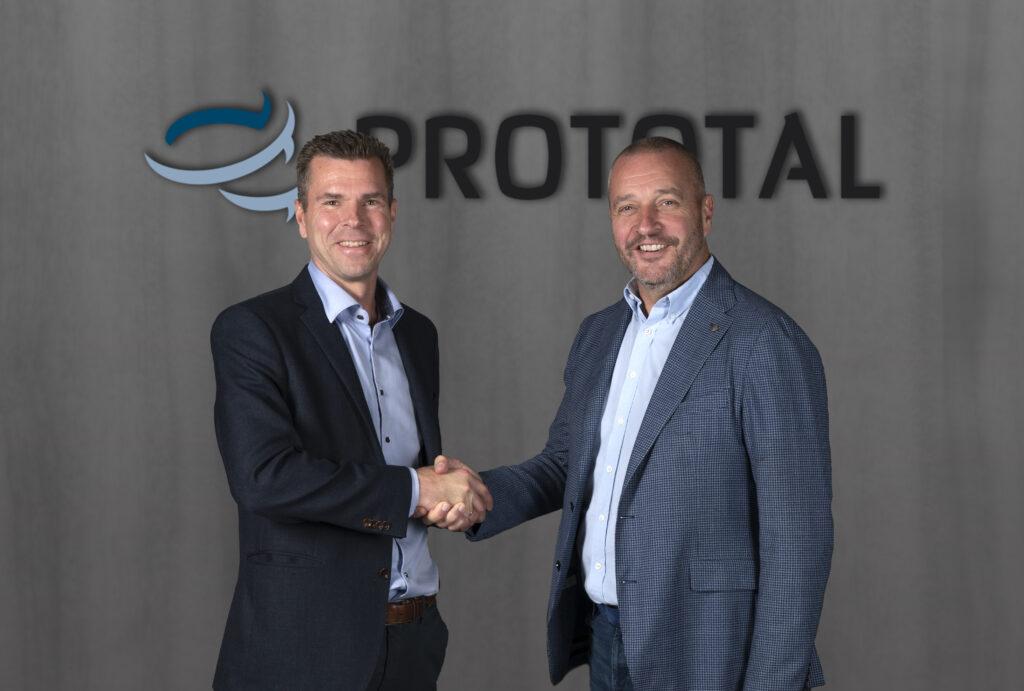 Henrik Lundell blir marknadsdirektör och Jan Löfving tar över som vd. Rollerna tillträddes den 1 oktober. Foto: Prototal