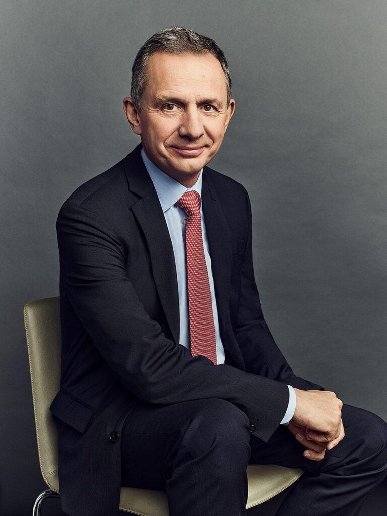 Enrique Lores, vd HP.